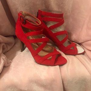 NEW NEVER WORN Franco Sarto Red Suede Heels
